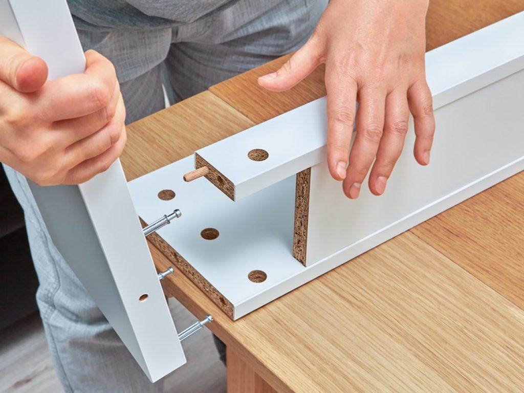 جدا کردن لوازم چوبی در اسباب کشی منزل
